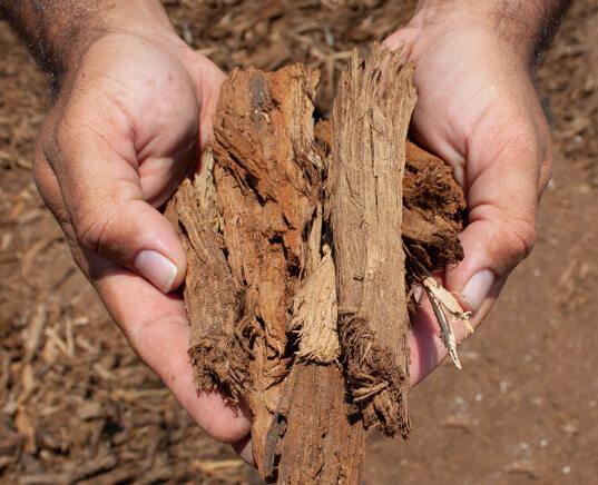 new-earth-single-grind-native-mulch-hand